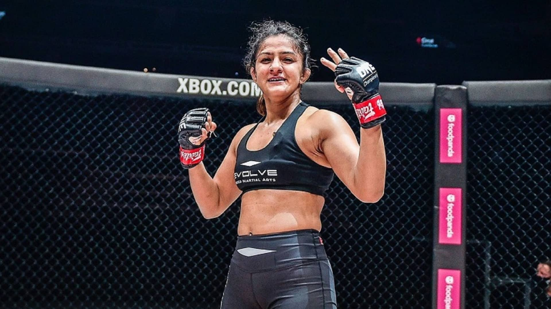 https://lockerroom.in/blog/view/Ritu-Phogat-Jomary-Torres-December-4-2020