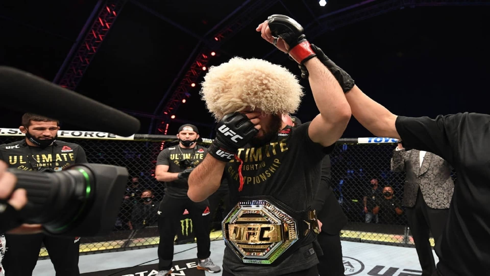 https://lockerroom.in/blog/view/Khabib-Nurmagomedov-retirement-UFC-254