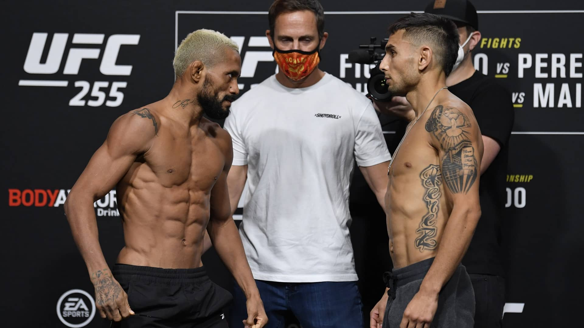 https://lockerroom.in/blog/view/UFC-255-India-Time-Fight-Card