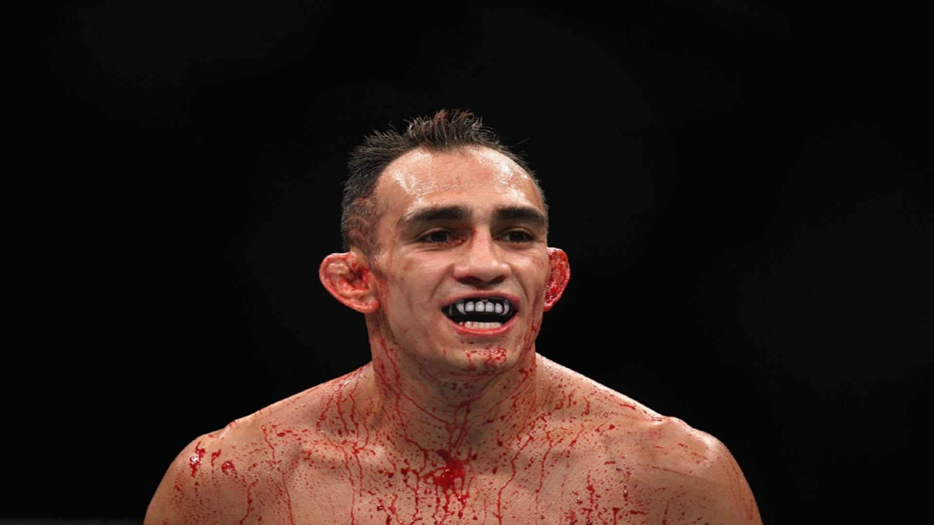 UFC-249-Tony-Ferguson-makes-weight